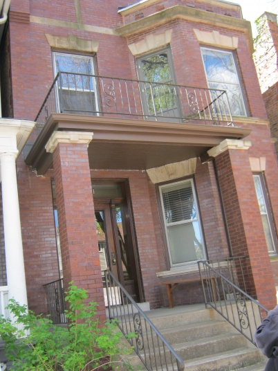 Apartment on top floor (Andersonville)...great place to stay