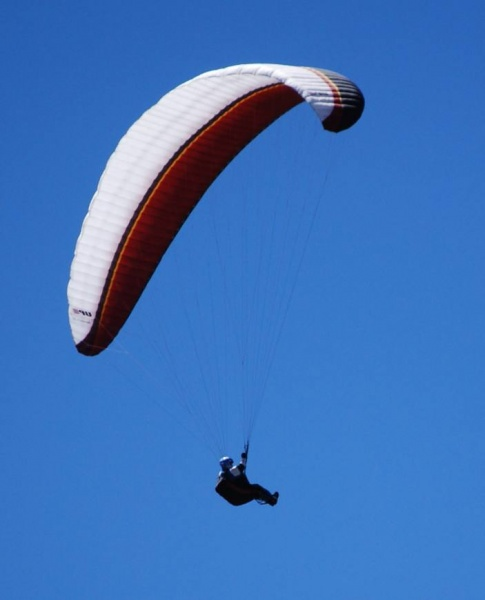 Flying a Paraglider in Arizona